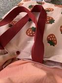 斜背包 草莓側背帆布包大容量上班女 日系韓版可愛學生in 果果生活館