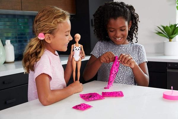 《 MATTEL 》芭比驚喜造型娃娃(隨機) / JOYBUS玩具百貨