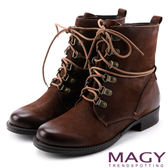 MAGY 粗曠中性帥氣 柔軟牛皮拉鍊綁帶軍靴-棕色