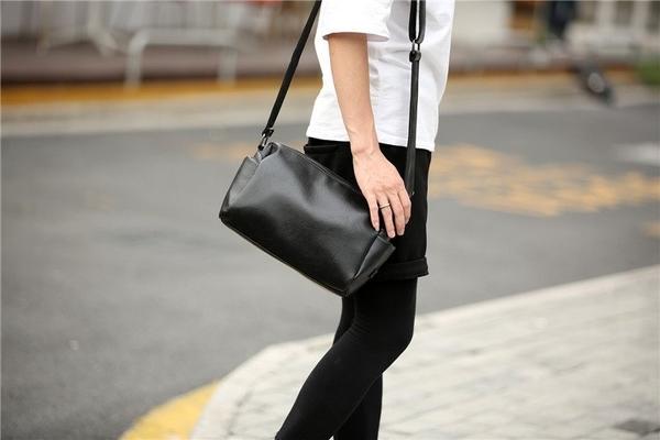 FINDSENSE品牌 韓國 新款  FIN韓國出品 包款 時尚 男士 單肩包 休閒 斜挎 小背包 潮流