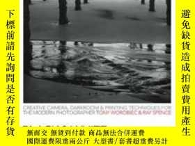 二手書博民逛書店Black罕見& White Photography In A Digital AgeY364682 Tony