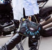 ■專櫃75折■ Balenciaga 全新真品 Classic City 中款 Graffiti 羊皮塗鴉機車包