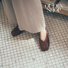 Queen Shop【05010348 】簡約素色軟底皮質平底鞋 兩色售 35-39*現+預*