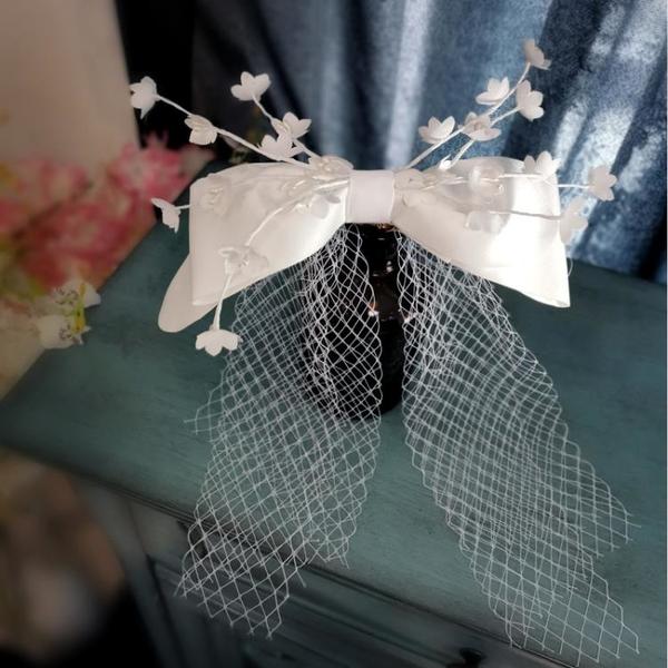 新品蝴蝶結簡約白色緞面頭飾新娘結婚影樓外景跟妝攝影寫真造型