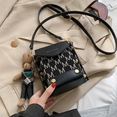秋冬復古小包包女包2021流行新款潮時尚側背斜背包網紅小眾手機包 童趣屋  新品