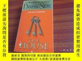 二手書博民逛書店THE罕見HOUSE, DANIELLE STEELY19865