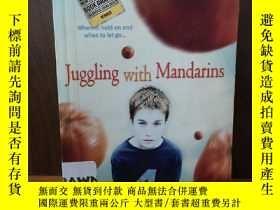 二手書博民逛書店Juggling罕見with MandarinsY12800 V