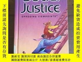 二手書博民逛書店Social罕見Justice (Opposing Viewpo