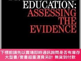 二手書博民逛書店預訂Success罕見And Failure In Professional Education - Assess