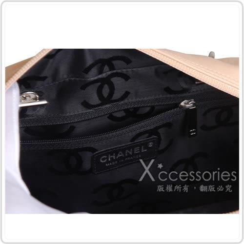 CHANEL Outlet 展示品 經典康朋系列造型保齡球肩背包(米,黑)