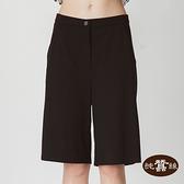 【岱妮蠶絲】高雅舒適側開衩蠶絲五分褲-TWP2CR016A(素黑色)
