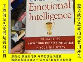二手書博民逛書店Coaching罕見for Emotional Intellig