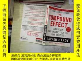 二手書博民逛書店The罕見Compound Effect(復合效應).Y261116