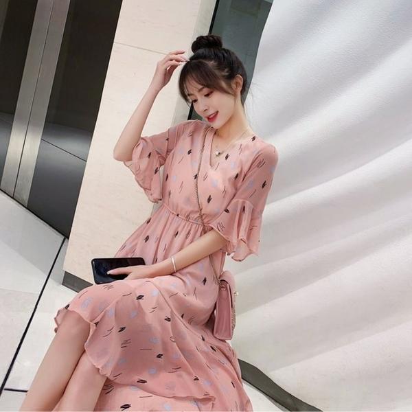 漂亮小媽咪 韓系 孕婦洋裝 【D2831】 清新 碎花 雪紡 喇叭袖 韓國 質感 短袖 洋裝 孕婦裝