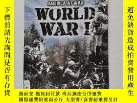 二手書博民逛書店AMERICA罕見AT WAR WORLD WAR IY22264 SCHOLASTIC 看圖