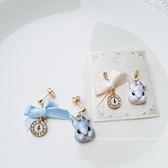 小白兔+小藍兔時鐘不對稱造型耳環-耳針-C8404-pipima