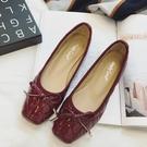 漆皮鞋歐美漆皮女鞋蝴蝶結淺口方頭平跟平底舒適女單鞋 琉璃美衣