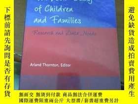 二手書博民逛書店THE罕見WELL BEING OF CHILDREN AND FAMILIES --Research and D