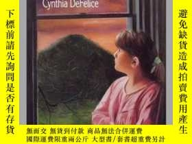 二手書博民逛書店The罕見Light on Hogback HillY362136 Cynthia De felice Ala