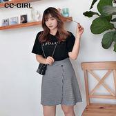 中大尺碼 字母黑色T恤上衣+格紋短裙 兩件式套裝 - 適XL~4L《 68330HH 》CC-GIRL