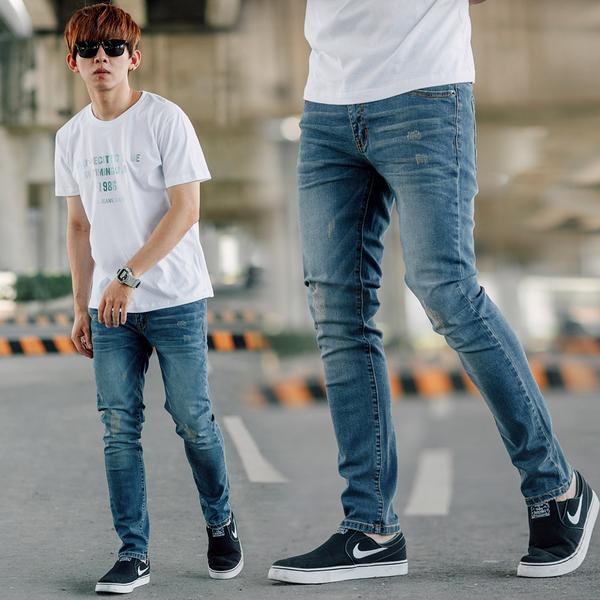 牛仔褲 韓國製微刷色無破素面合身版牛仔褲【NB0832J】