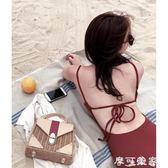 泳衣性感復古酒紅色性感連體比基尼小胸聚攏遮肚顯瘦保守溫泉游泳衣女 摩可美家
