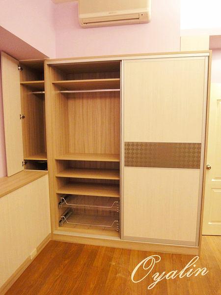 【 歐雅系統家具】推拉門衣櫥櫃