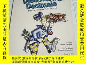 二手書博民逛書店Discovering罕見Decimals Through Co