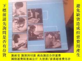二手書博民逛書店WRITING罕見BY DOING Learning to write Effectively【有附本】Y21