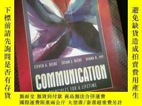 二手書博民逛書店Communication:Principles罕見for a Lifetime (英文)Y16149