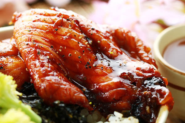 ㊣盅龐水產 ◇蒲燒鯛魚◇鯛魚腹排 300g±5%/ 零$110/五片 聚會 烤肉 簡易美味 歡迎批發