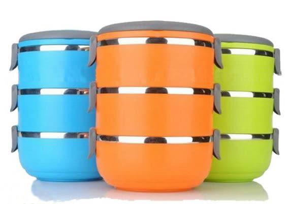 不繡鋼塑料3層飯盒保溫密封保鮮盒(顏色隨機出貨)159元
