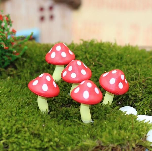 [拉拉百貨]多肉 盆栽 擺飾 紅蘑菇 1入 蘑菇 龍貓 擺件 微攝影 造景