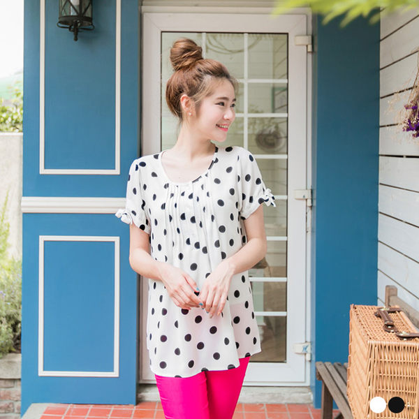 OB嚴選《AA6965-》復古甜氣~黑白點點開襟蝴蝶結袖口上衣.2色--適 S~XL