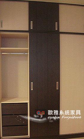 【歐雅系統家具】推拉門衣櫃 大空間收納抽屜 較大冬服、物品都可輕鬆收納~