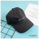 Catworld 百搭草寫英文字刺繡棒球帽【18003740】‧F