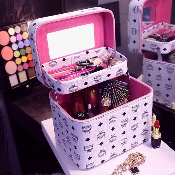 化妝包韓國便攜手提化妝箱大容量雙層硬的化妝品收納包專業洗漱包 【PINKQ】