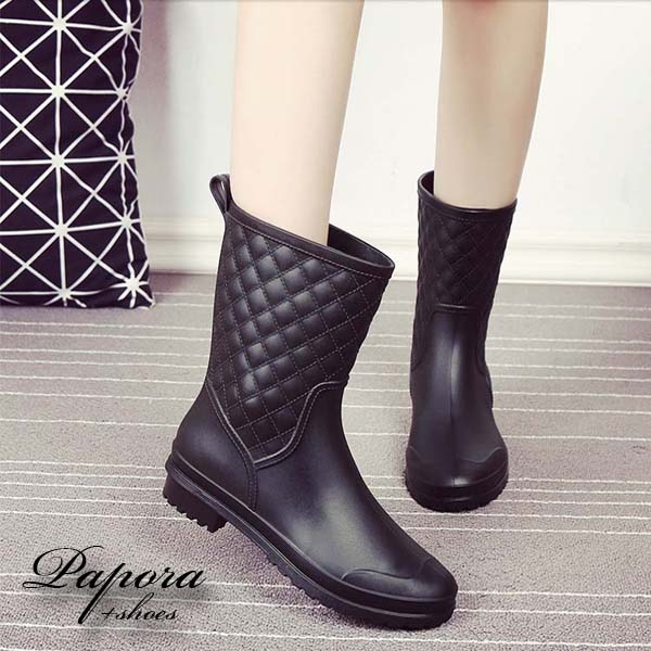 PAPORA大尺碼菱格紋防水半筒雨靴雨鞋短靴K913黑色