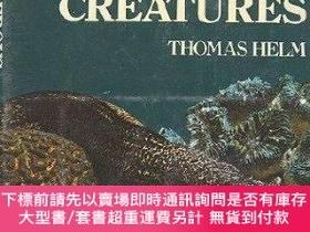 二手書博民逛書店Dangerous罕見Sea Creatures: A Complete Guide to Hazardous M
