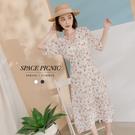 洋裝 Space Picnic V領碎花後拉鍊雪紡洋裝(現+預)【C21052065】