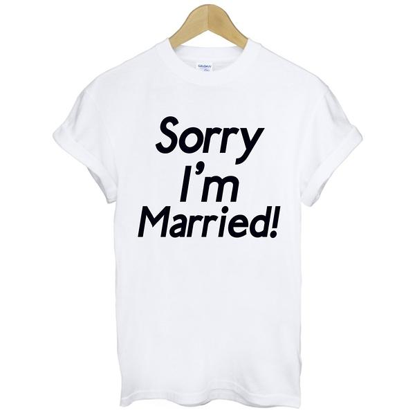 Sorry Married-black短袖T恤 2色 抱歉我結婚了趣味文字英文幽默婚禮禮物情人t $390 gildan