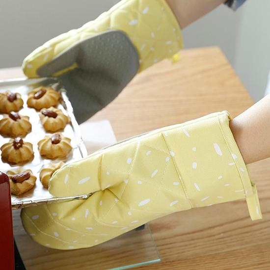 手套 矽膠 防滑 耐高溫 料理 烘焙 烤箱  防燙 加厚 北歐風 隔熱 手套(1對)◄ 生活家精品 ►【S036】