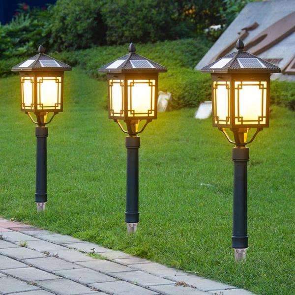太陽能燈戶外庭院燈家用室外景觀花園別墅LED防水草地插式草坪燈 果果輕時尚