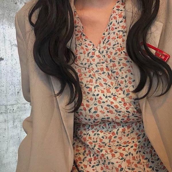 雪紡連身裙 FAN長袖碎花雪紡連身裙2019春夏中長款V領chic繫帶顯瘦仙女長裙子 玫瑰