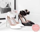 尖頭高跟鞋 蘿莉風側邊皮帶扣素面黑白 晚宴鞋 新娘鞋*Kwoomi-A31