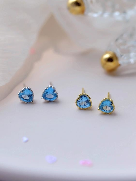 純銀藍色愛心耳釘女簡約韓國氣質超閃鋯石小巧心形耳環新款潮1入
