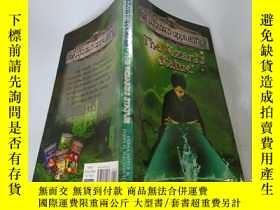 二手書博民逛書店The罕見wizard s statue :巫師雕像Y200392