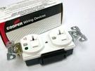 《名展影音》美國 Cooper IG8300W 埋入壁插式獨立接地 醫療電源插座(含蓋板)