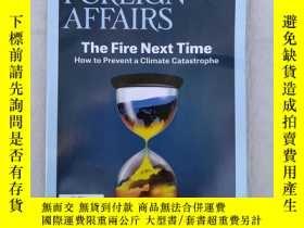 二手書博民逛書店THE罕見COMING UPHEAVAL IN CHINA FOREIGN AFFAIRS MAY JUNE 20
