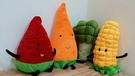 【4款】開心農場 西瓜 紅蘿蔔 花椰菜 玉米 抱枕 玩偶 公仔 絨毛娃娃